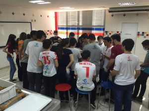 Unitri recebe a visita de alunos do Colégio Gabarito 1