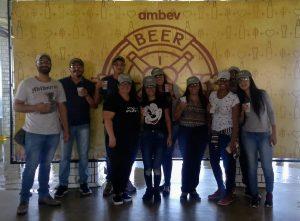 Acadêmicos realizam visita técnica na fábrica da AMBEV 2